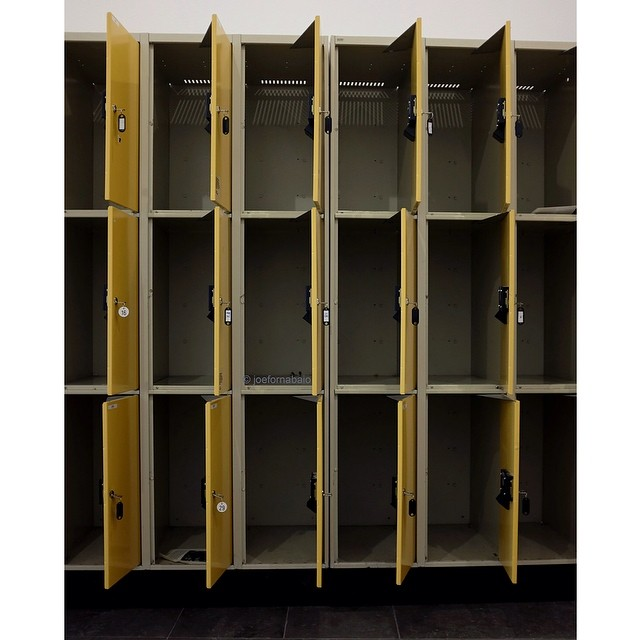 Not a Hassie in sight at the Hasselblad Center, Göteborg, SE (the mother-in-law land). Kinda disappointed (not at the mother-in-law).#hasselblad #göteborg #sweden #camera #lockers #mother-in-law #disappointed #joefornabaio