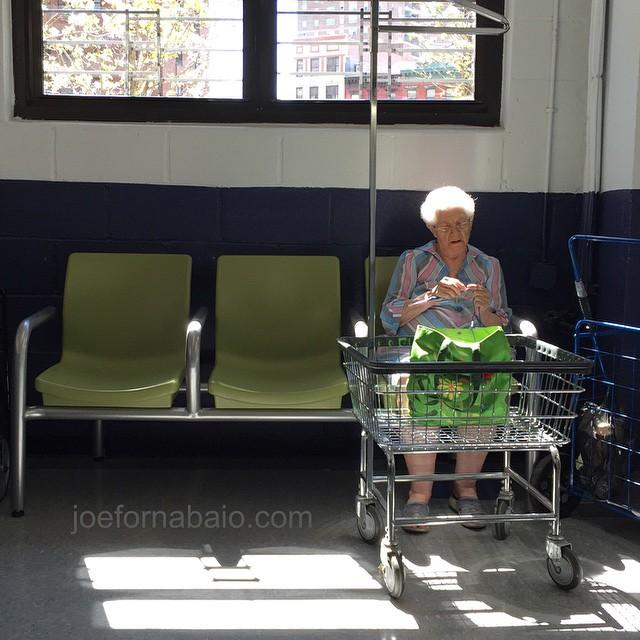 Laundry day.#laundry #joefornabaio #knitting #lowereastside #nyc