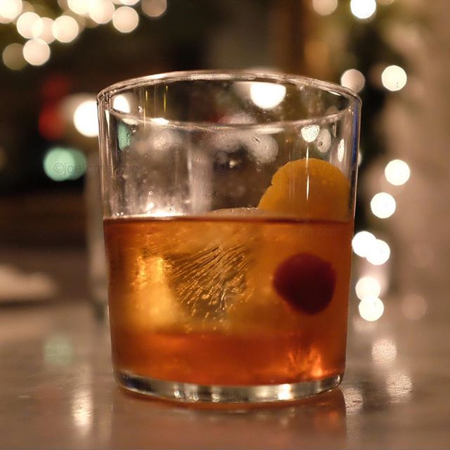 Starting to get that warm fuzzy holiday spirit.#holiday #fuzzy #joefornabaio #nyc #holidayspirit #cocktail #whiskey #drink #enjoy