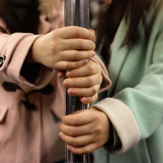 Evening commute.#subway #nyc #joefornabaio #hands #pole #eveningcommute