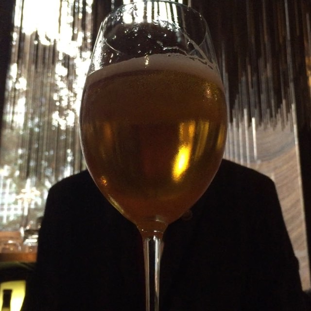 Four Seasons. Get there before it's gone.#cocktails #nyc #joefornabaio #fourseasons #beer #closingtime
